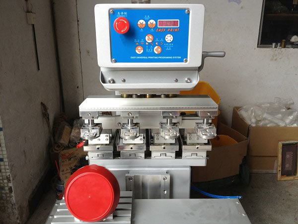 Four Color Pad Printing Machine With Shuttle