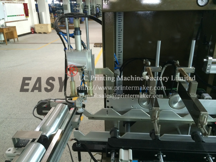 Fully Automatic UV Silk Screen Printing Machine on Sport Bottles